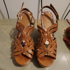 Womens size 8 madden girl wedges